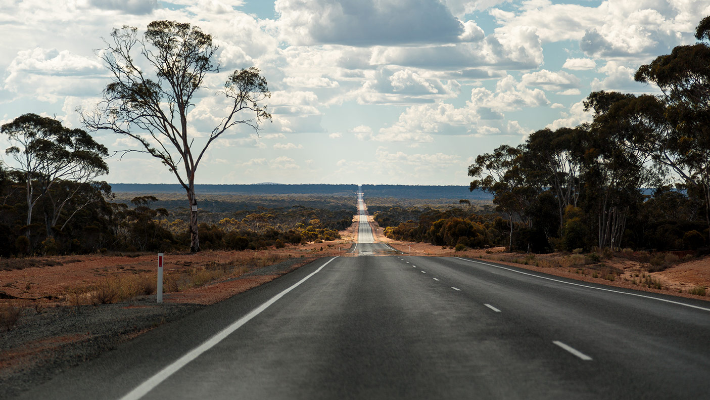 The long and seemingly endless road of the Eyre Highway, better known as the Nullarbor
